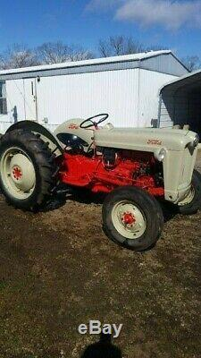 1955 Ford 600 31HP 4 Cylinder