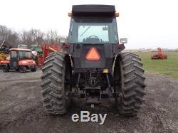 1989 Case IH 2096 Tractor, Cab/Heat/Air, PowerShift, Cummins Diesel, 4,552 Hours