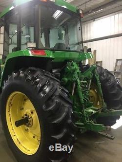 1993 John Deere 7600 Tractor