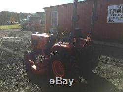 2004 Kubota B7800 4x4 Compact Tractor 60 Mower, Bagger & Front Hydraulic Blade