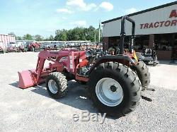 2004 Mahindra 4110 Tractor & Loader! 4x4 Only 554 Hours