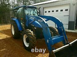 2005 New Holland TL100 Tractor with 52LA front loader 4WD