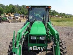 2006 John Deere 5525 Tractor, Cab/Heat/Air, 4WD, Loader, 2 Remotes, 1,440hrs