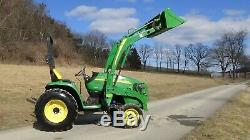 2010 John Deere 3320 4x4 tractor with loader