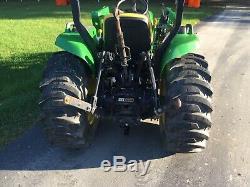 2012 John Deere 3032e 4x4 compact tractor with John Deere loader