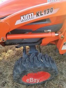 2014 Kioti CK 25 Tractor, Loader, Backhoe
