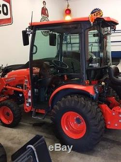 2014 Kubota B3350HSDC Tractor Low Hours