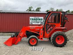 2014 Kubota L3400 4x4 34hp Hydro Compact Tractor with Cab & Loader Clean 100Hrs