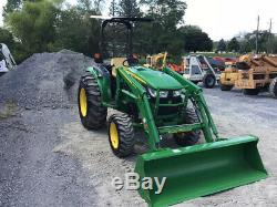 2015 John Deere 4044R 4x4 Hydro Compact Tractor with Loader