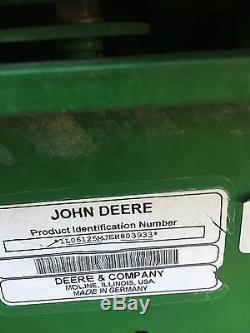 2015 John Deere 6125M 4WD Tractors