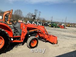 2015 Kubota L4740HST 4x4 Hydro Compact Tractor with Loader Super Clean Only 400Hrs