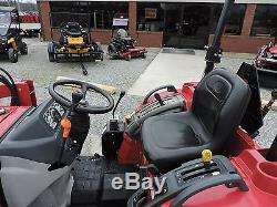 2015 Mahindra 3016 4wd Tractor With Loader 28 Horsepower Good Condition
