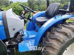 2015 New Holland Workmaster 33 Tractor 4x4 Loader