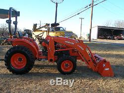 2016 KUBOTA L3301 4X4 LOADER TRACTOR ONLY 36 HOURS full warranty