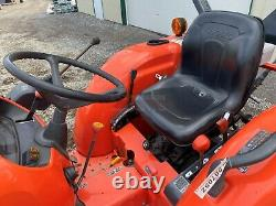 2016 KUBOTA L3301 TRACTOR With LOADER, 2 POST ROPS, 4X4, 540 PTO, 295 HOURS, 33 HP