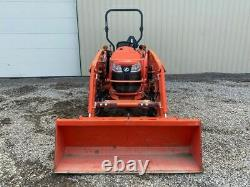 2016 KUBOTA L3301 Tractor w Loader Only 295 Hrs
