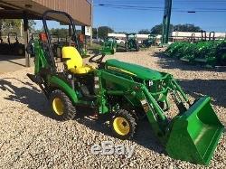 2017 John Deere 1025R Utility Tractors