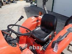 2017 KUBOTA L4701 TRACTOR With LOADER, 4X4, HYDRO, 343HRS, 3RD VALVE, 47HP DIESEL