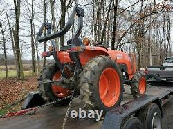 2018 Kubota L3301 Compact Tractor, 4WD 4x4 Only 175 Hours. One Owner! Diesel