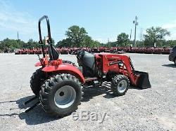 2019 Mahindra 1533 Tractor & Loader! 4x4 Only 103 Hours