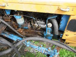 Ford 3600Tractor 1982, Hydraulic PTO, Sickle Bar Mower