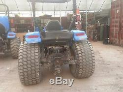 Ford New Holland TC40 Farm Tractor with Loader 40HP in Working Conditions