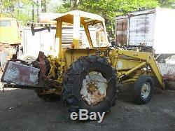 Internatonal industrial farm tractor