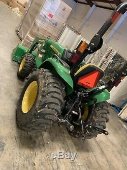 JOHN DEERE 3032E 4WD AND LOADER 2018 40HRS. WithFACTORY WARRANTY