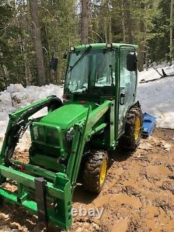 JOHN DEERE 4100 Compact Tractor Loader 4x4 with Cab Heat Snow Plow, Brush Hog Fork
