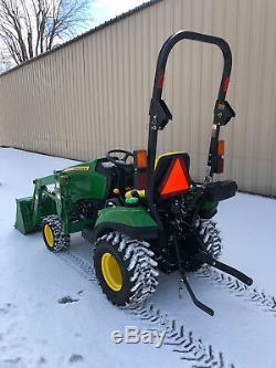 John Deere 1023E compact loader tractor