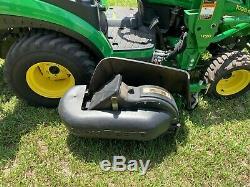 John Deere 1026r tractor loader backhoe