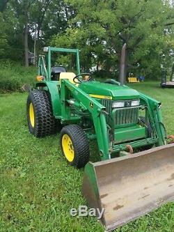 John Deere 1070 Diesel 4x4 Loader Tractor 4WD Backhoe 39hp