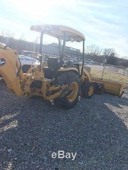 John Deere 110 TLB BackHoe Tractor Loader 4x4