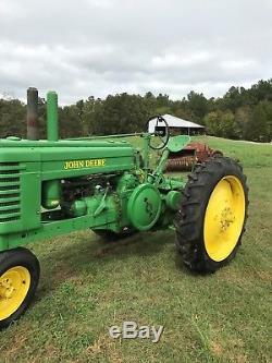 John Deere 1941 A Antique Tractor