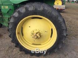 John Deere 2010 Utility Tractors