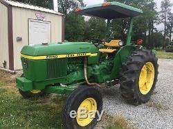 John Deere 2240 Utility Tractors