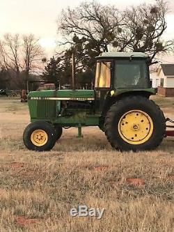 John Deere 2950 Tractor