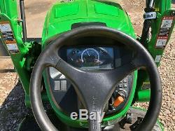 John Deere 3033r tractor loader