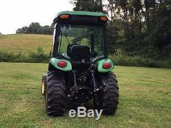 John Deere 3320 Utility Tractor Loader