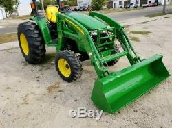 John Deere 4520 4x4 Compact Tractor with Loader