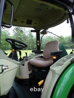 John Deere 4720 Cab Tractor and Loader E-Hydro HST 66HP Turbo 4X4