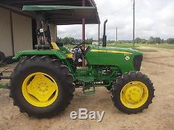 John Deere 5075E