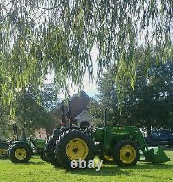 John Deere 5105 tractor