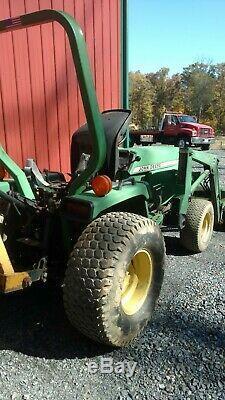 John Deere Tractor 855 Loader 3 point hitch PTO Hydrostatic farm utility 4x4