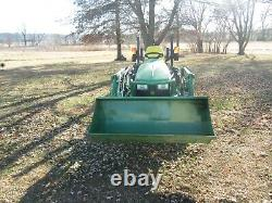 John Deere compact tractor with Loader & 60 auto-connect mower- 4 hours of use
