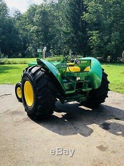 John deere 820 Farm Tractor