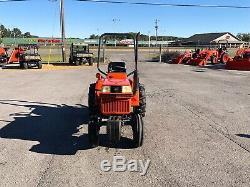 Kubota B1550 HST tractor
