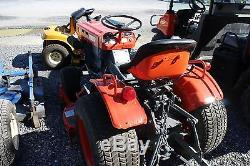 Kubota B6100 Compact Tractor with 3124Hrs, 16HP, Hydro, 2WD. REPAINTED