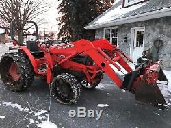 Kubota L4200 Compact Tractor with LA680 Loader