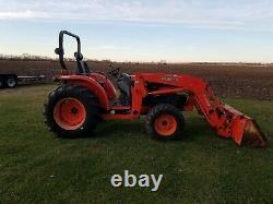 Kubota L4630 4x4 tractor